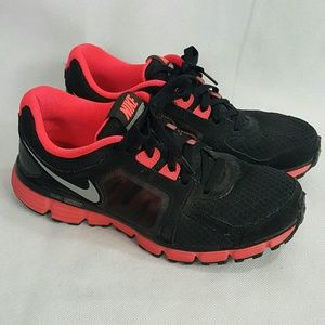 Nike Dual Fusion Lace Up Running Shoes size 9